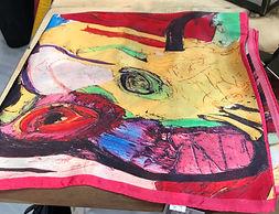 Petit carré de soie multicolore photo1.j
