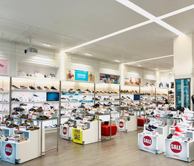 National Shoe Retailer