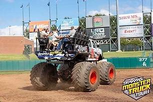 monster truck2.jpg