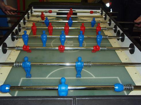 Tischfußballtische im Kinder- und im Jugendbereich am ASP Rennbahnweg.
