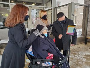 """""""iPads for Seniors' Residences"""" initiative takes off"""