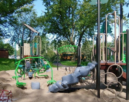 """New play equipment for """"Kiddy Koral"""" section of DDO's Coolbrooke Park"""