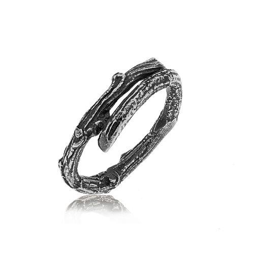 Woodland Ring (oxidised)