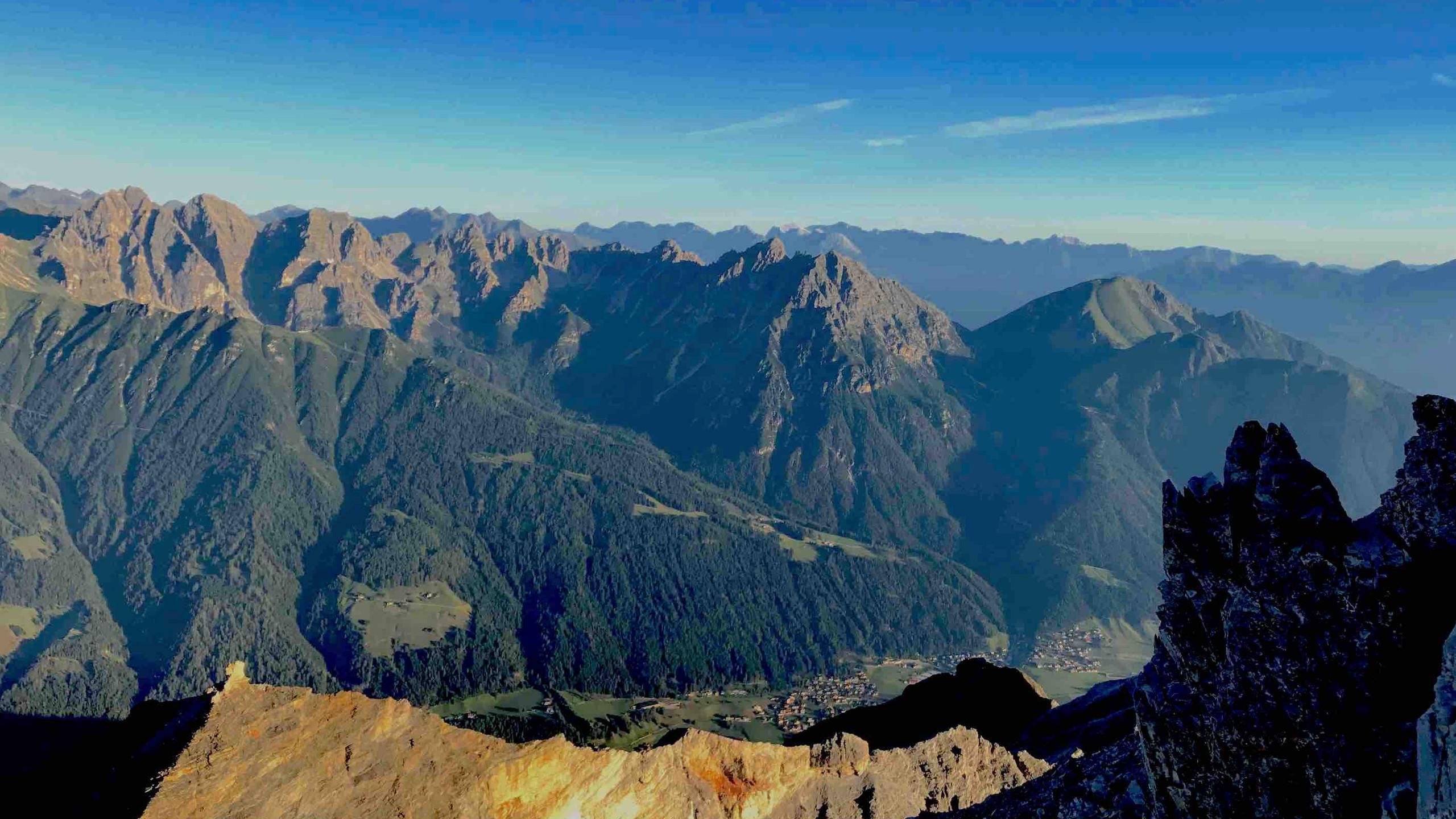 Umliegende Berge, Sonnenaufgangstour Serles