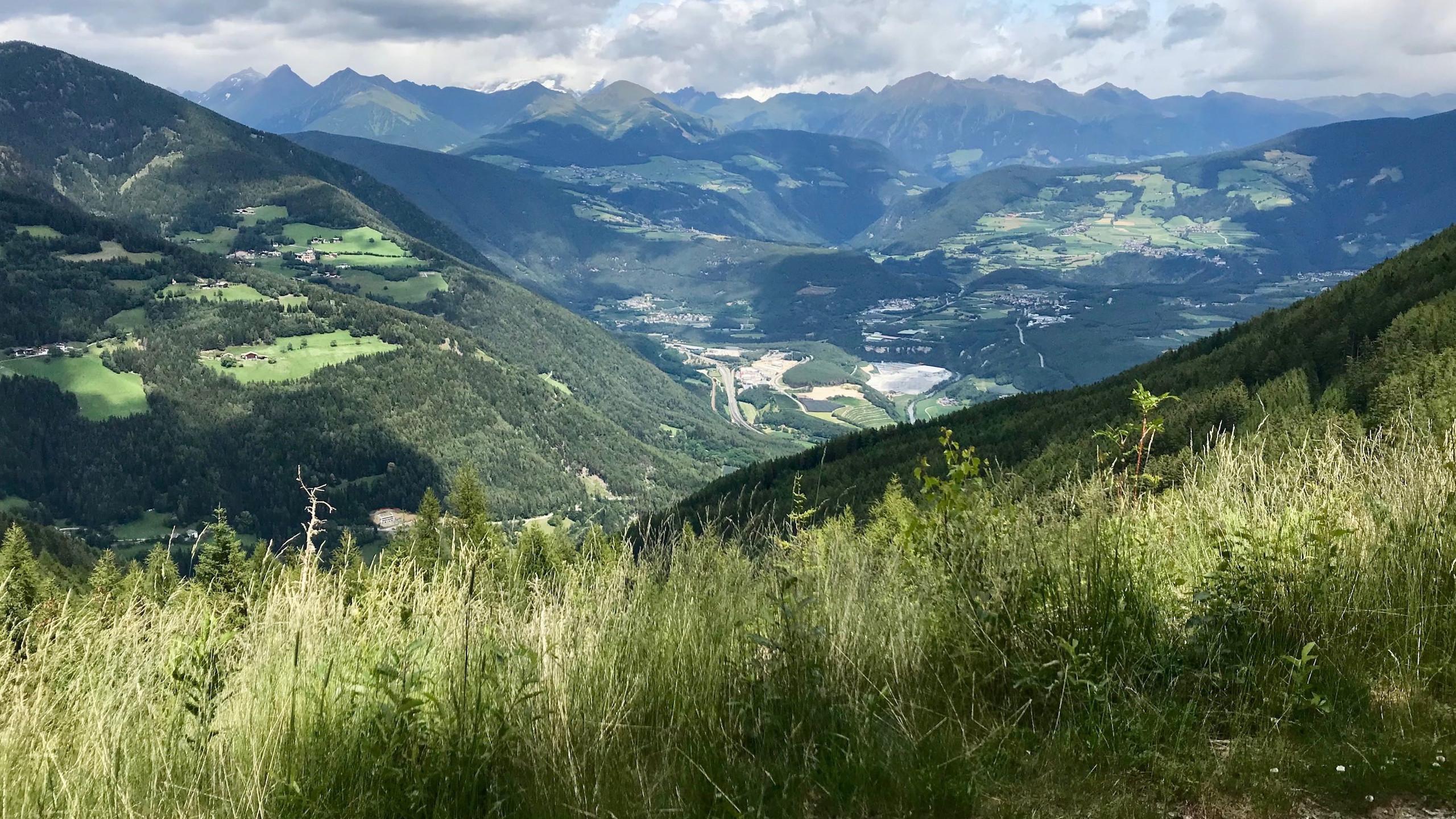 Blick in das Tal, Biketour Vahrn