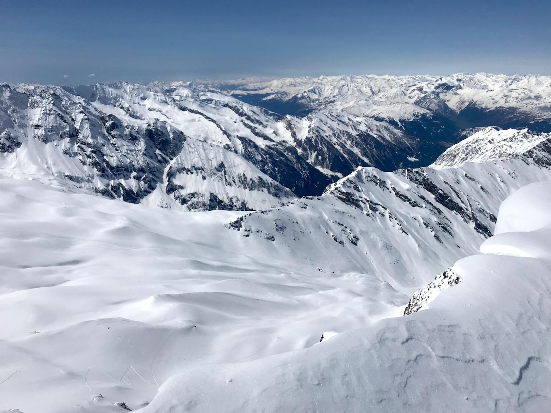 Blick auf Bergketten, Kleiner Kaserer Schmirntal Tirol