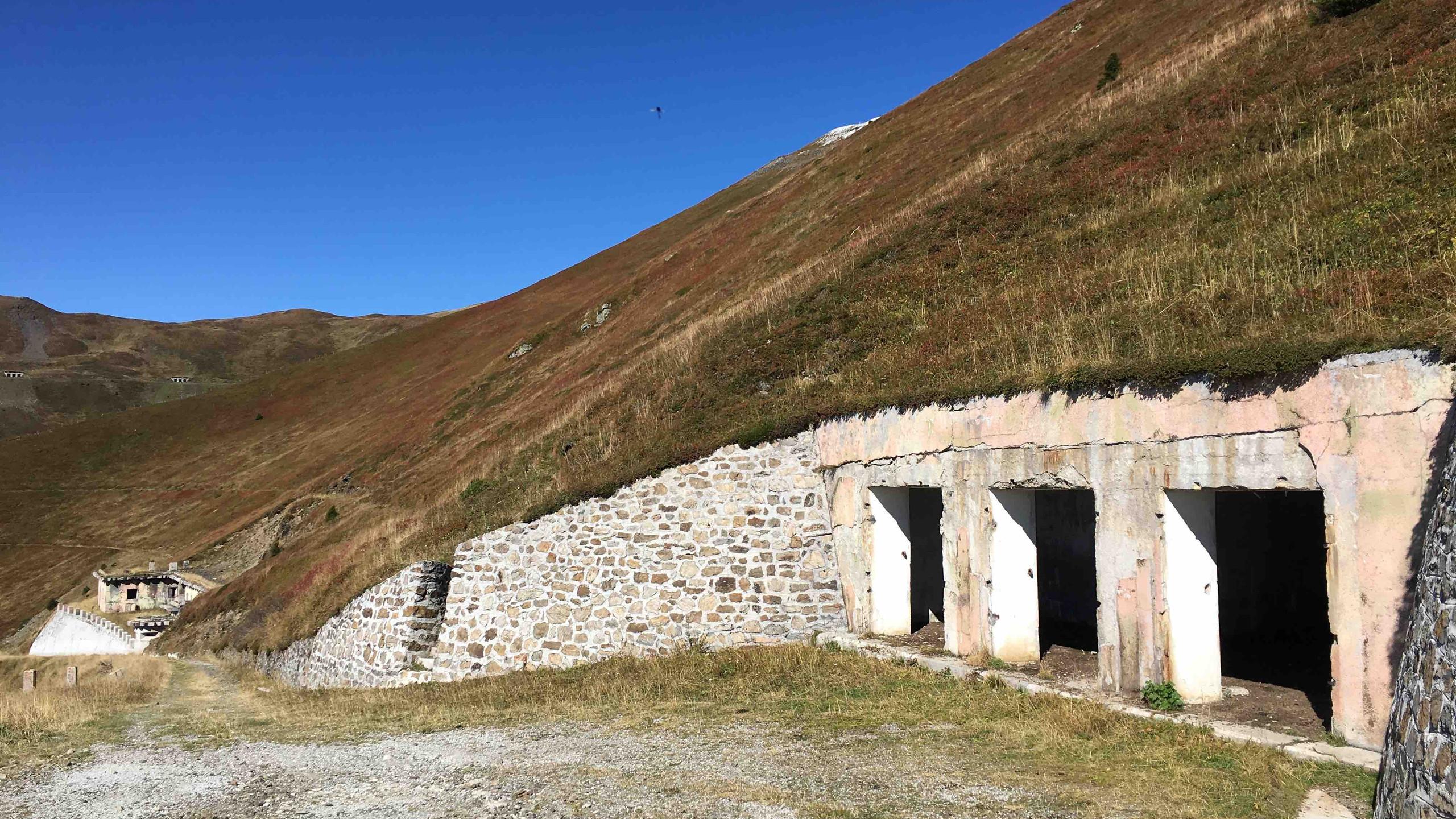 Bunker an der Grenzkammstrasse, Biketour Obernbergtal