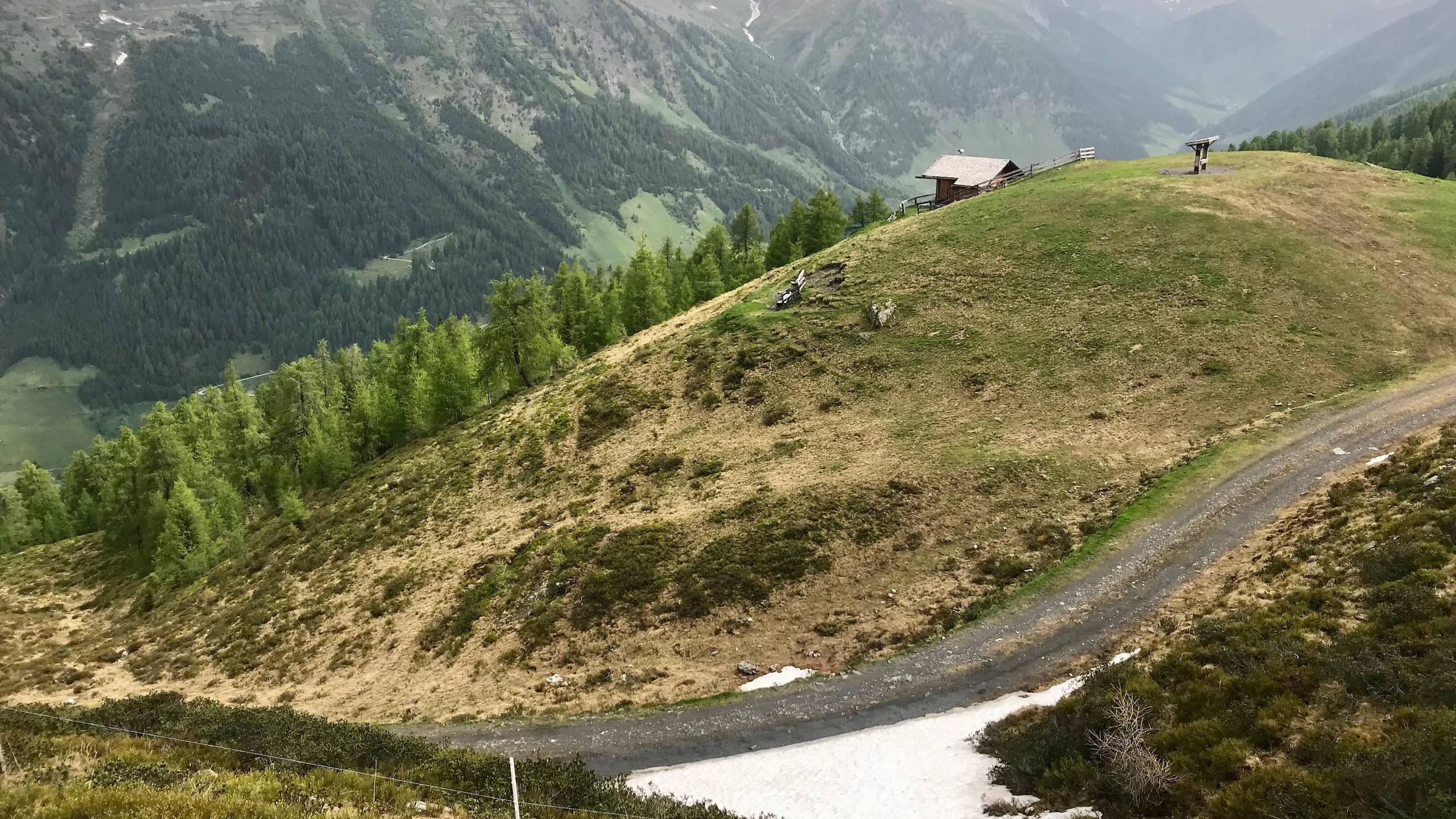 Ende des Forstweges zur Ottenspitze, Biketour Schmirntal