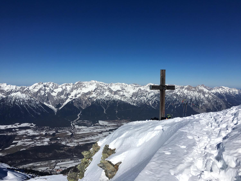 Gipfelkreuz und Ausblick, Skitour Pirchkogel