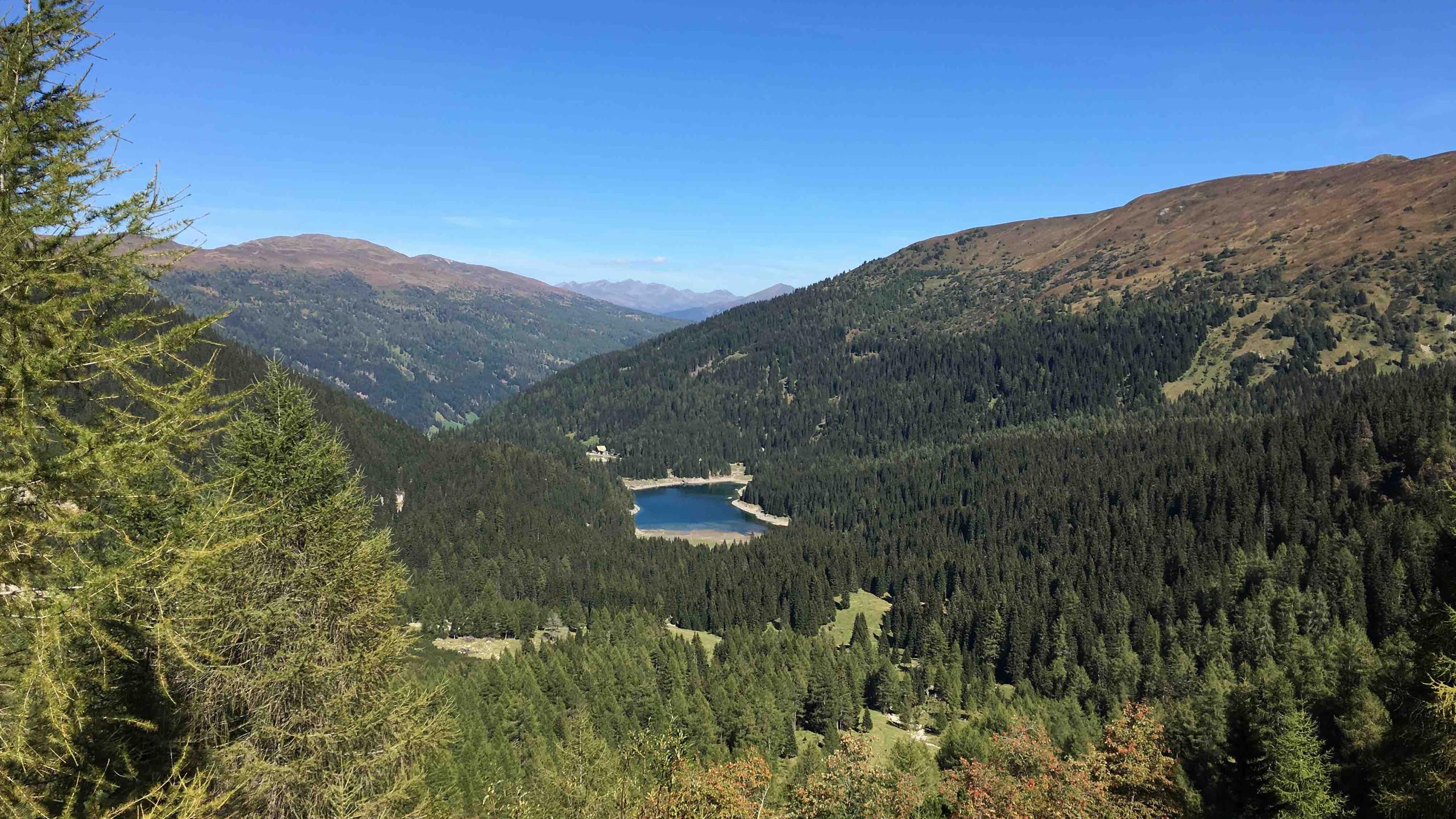 Obernberger See aus der Ferne, Biketour Obernbergtal