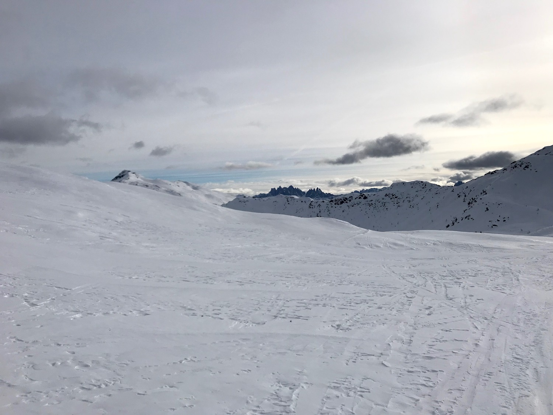 Blick zu den Bergspitzen der Dolomiten, Skitour Gaishorn