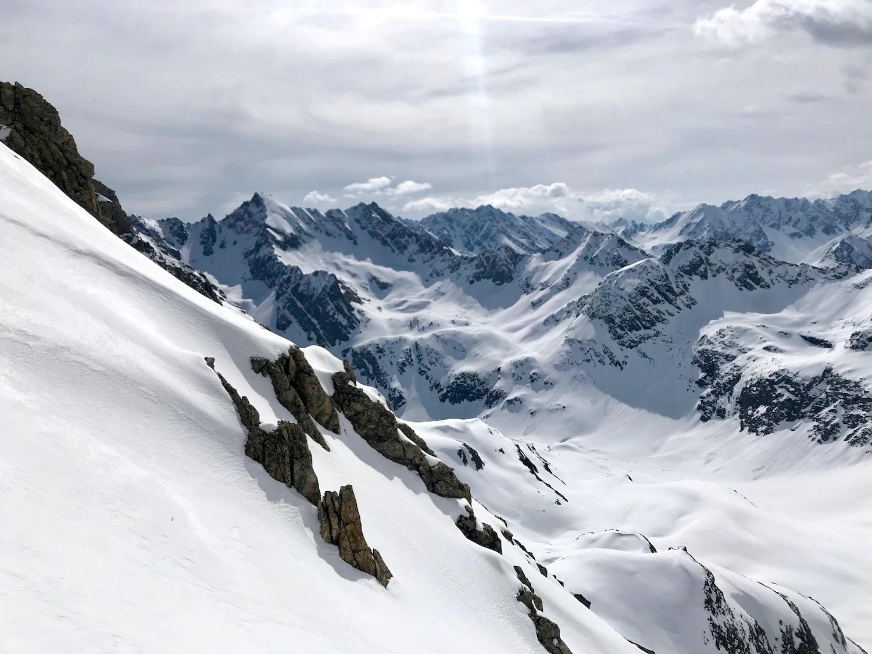 Ausblick verschneite Berge, Wechnerscharte Tirol