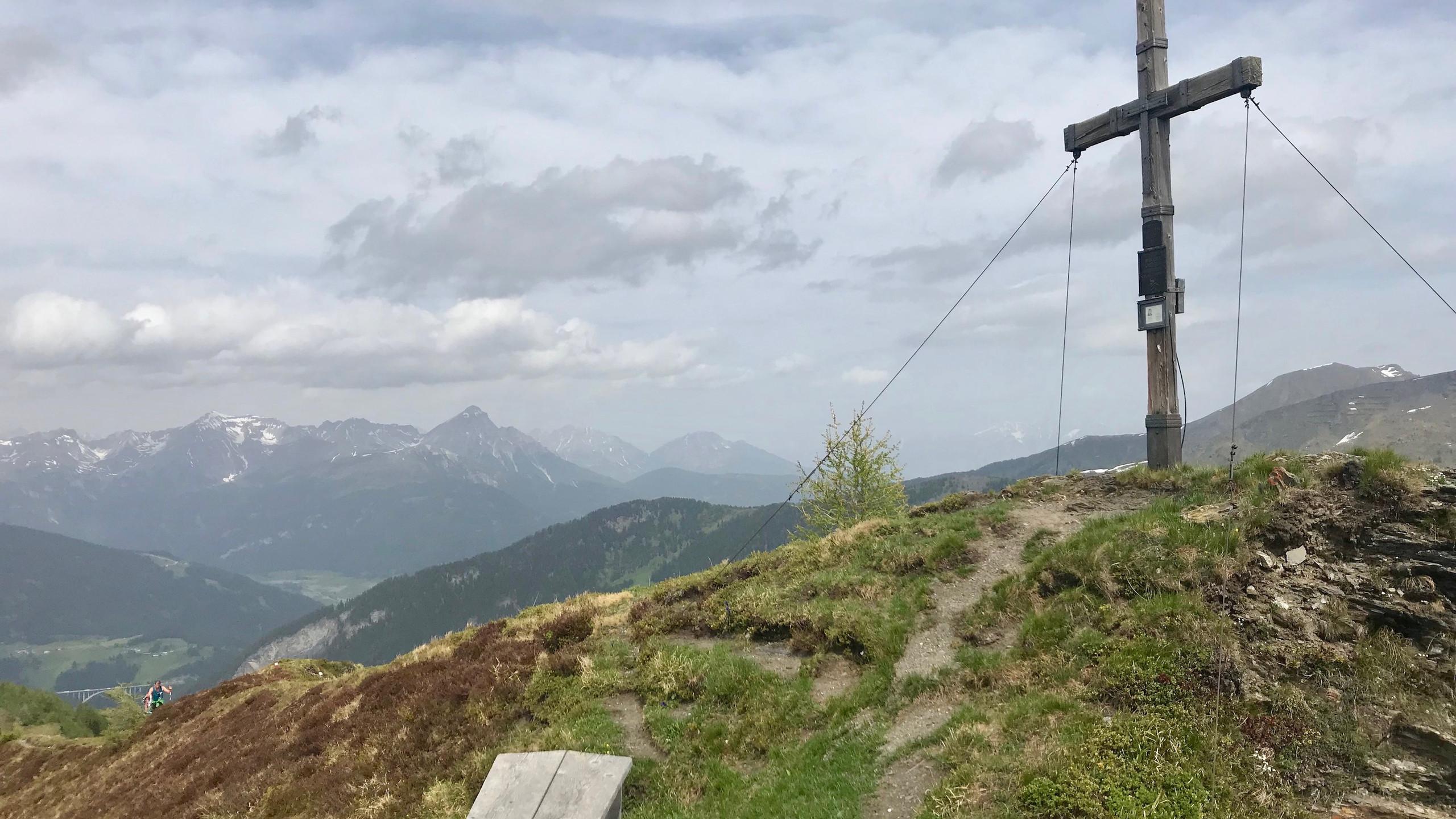 Gipfelkreuz Ottenspitze, Biketour Schmirntal
