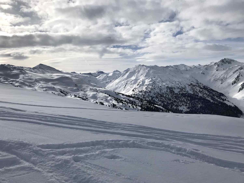 Verschneite Bergspitzen, Weerberg