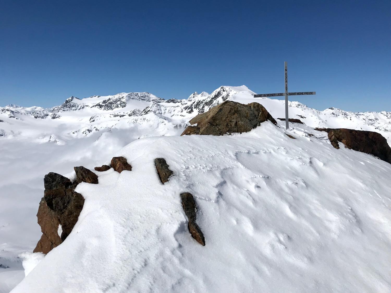 Kleines Gipfelkreuz vor Aglsspitze, Pflerschtal