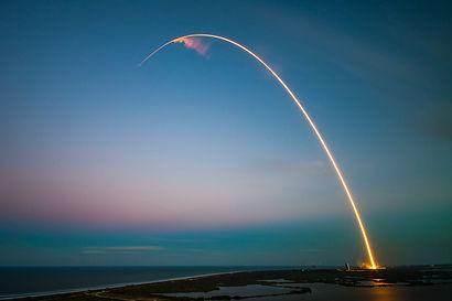 spacex--p-KCm6xB9I-unsplash.jpg