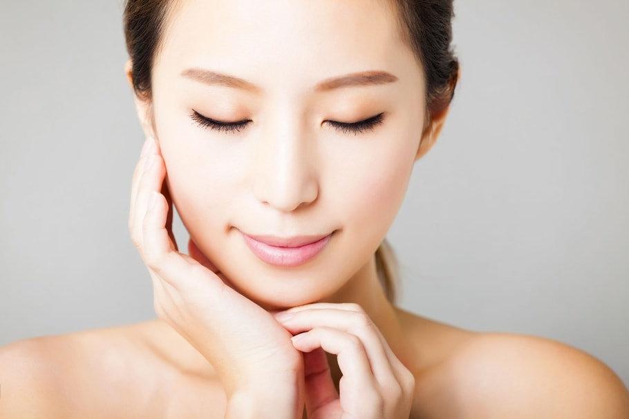 Massage lifting naturel visage