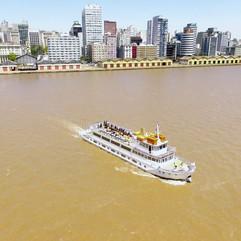 Barco Cisne Branco