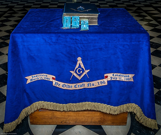 Freemasons Ye Olde Craft 196 Alter, VSL, Volume of the Sacred Law Edmonton, Square and Compass, Masonry, Freemasonry, Masons, Altar, VSL