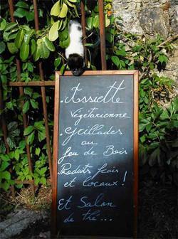 plat-frais-maisons-restaurant-la-couvertoirade