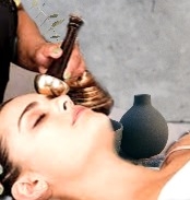 Massage liftant ayurvédique