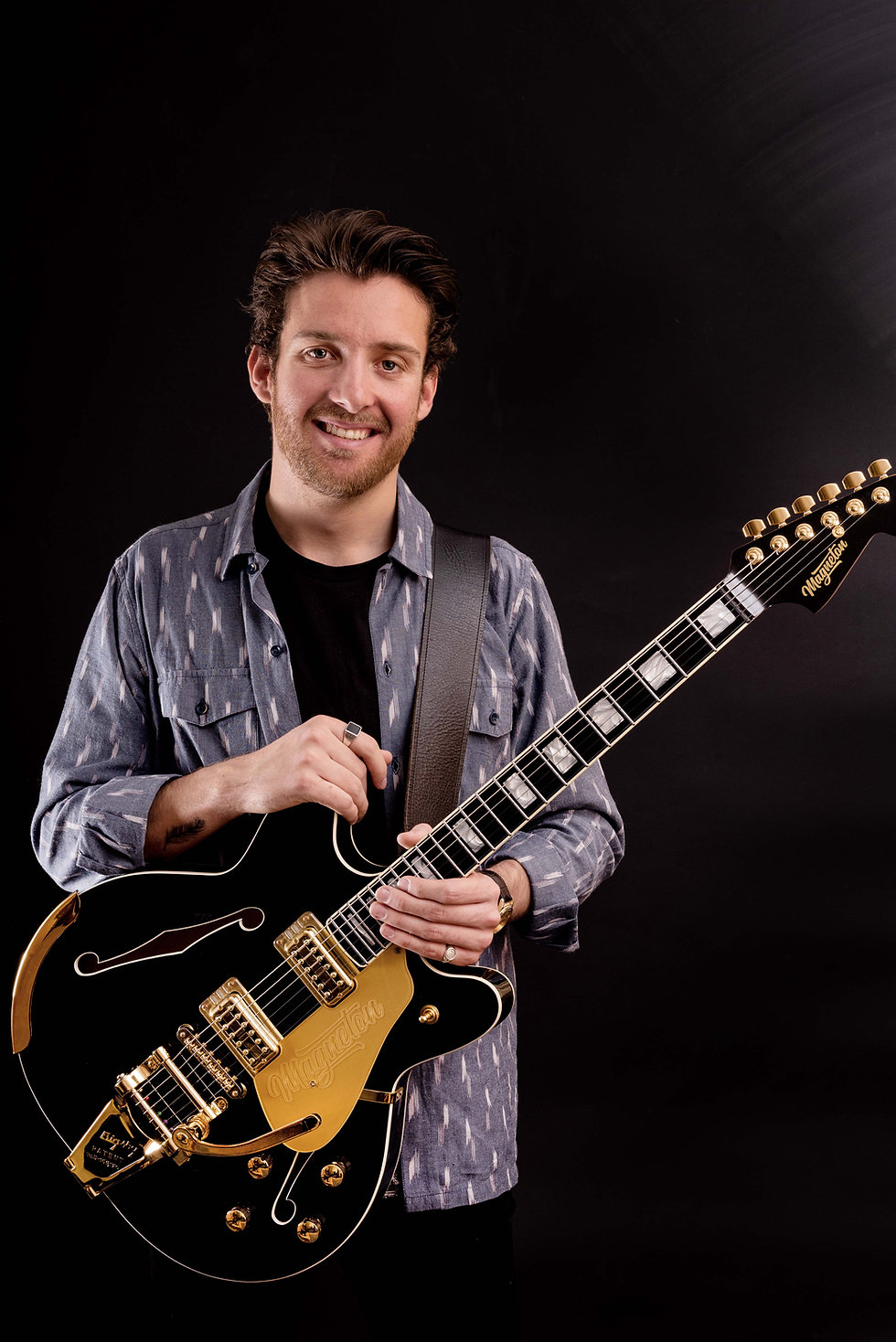 MGT.0023.Coronado_Ruben_with_Guitar_8277