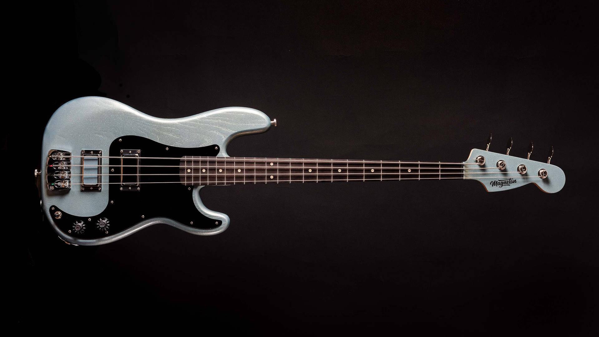 Magneton Priscilla Bass Blue Sparkle Bassbucker