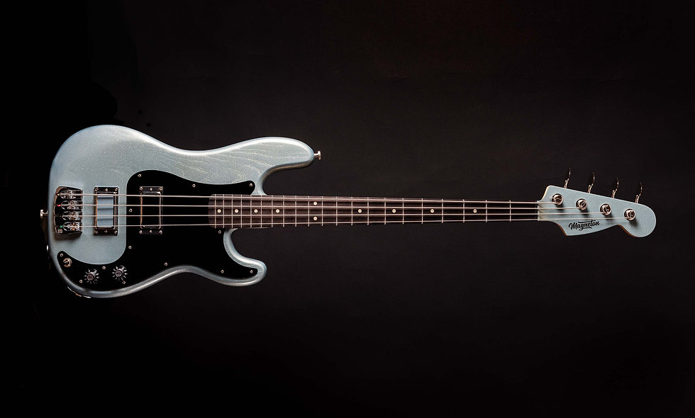 Magneton Priscilla Bass – Blue Sparkle Bassbucker