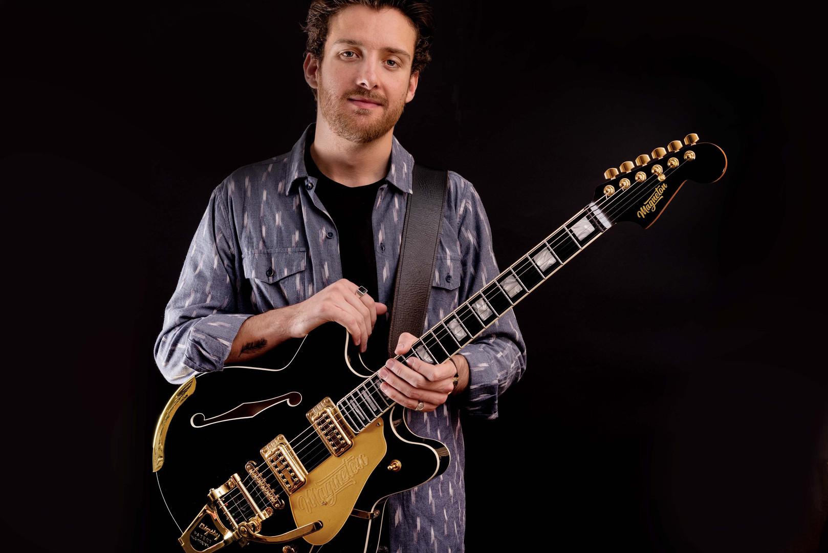 MGT.0023.Coronado_Ruben_with_Guitar_8286