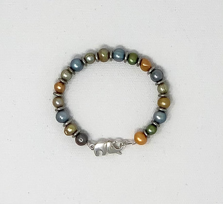 "Rachel Dragon   Pearl Bracelet, Elephant Clasp   6.75"""
