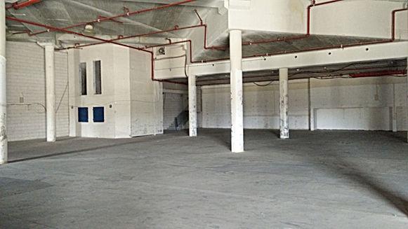 """להשכרה בכפר סבא מבנה לתעשייה או אחסנה 1500 מ""""ר עם חצר צמודה של כ 1500 מ""""ר"""