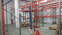 """- להשכרה מבנה תעשייה בחולון ,מבני תעשייה על שטח של כ  750 מ""""ר ניתן לחלוקה"""