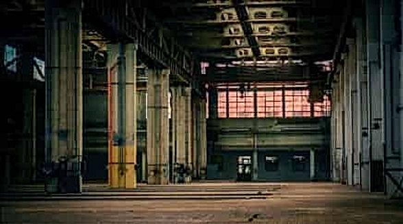 """מבנה תעשייה להשכרה באזור התעשייה אריאל \ ברקן  , בנוי על כ  2300 מ""""ר , מיועד לתעשייה  או למוסך , כניסה תוך  חודש מחתימת חוזה"""
