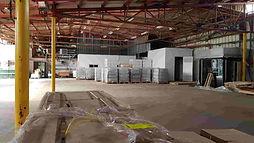 """להשכרה מבנה תעשייה ביבנה , 1700 מ""""ר  ליצור, אחסנה או לוגיסטיקה - במפלס אחד ."""