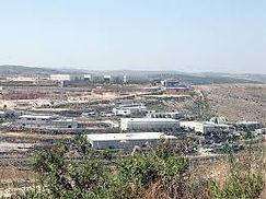 באזור השרון הצפוני  להשכרה מחסן בגודל 4000 מר