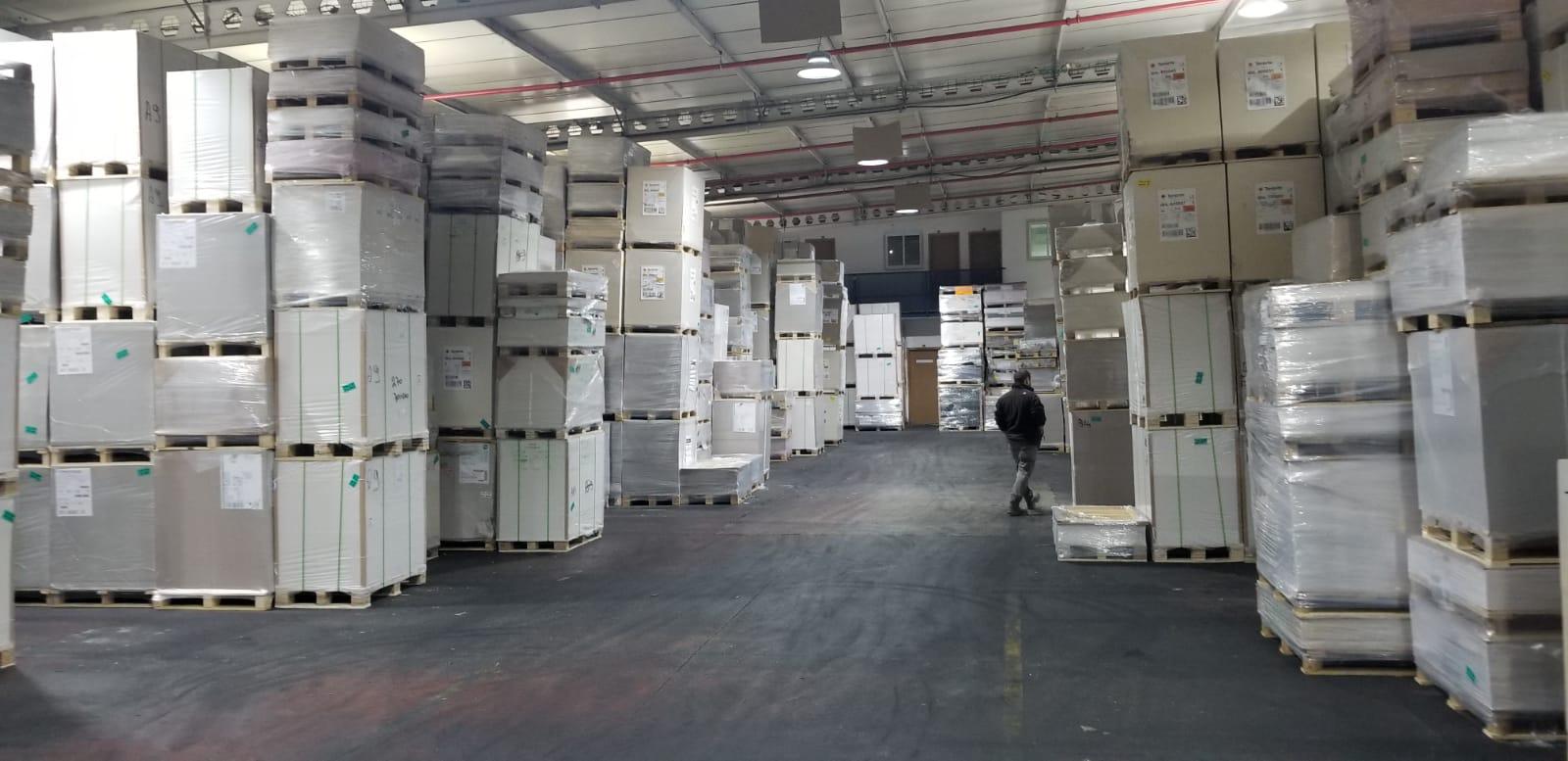 מבנה תעשייה להשכרה בראשון לציון ,המבנה מיועד לשימוש כמחסן ,ליצור תעשייתי, לבית מלאכה או מסחר. השטח ניתן גם לחלוקה.