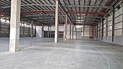 """להשכרה מבנה תעשייה ביבנה, מבני תעשייה על שטח של כ  2600  מ""""ר עם משרדים בקומת גלריה של עוד כ 400 מ""""ר -"""