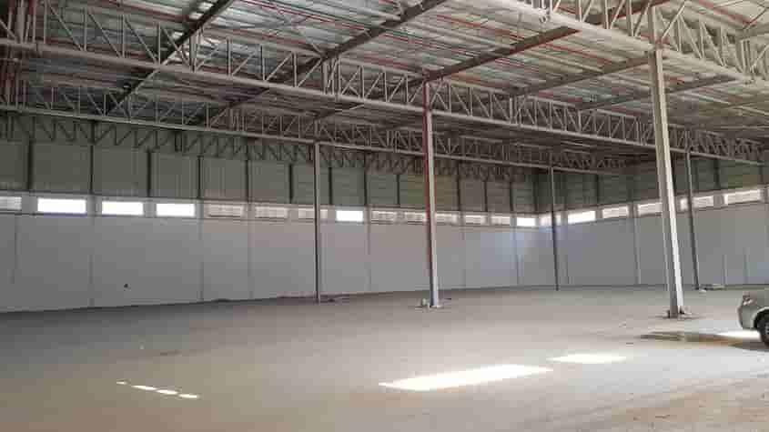 """באזור התעשייה של ברקן - אריאל שבשומרון מבנה של 6000 מ""""ר בנוי על מגרש של כ 17000 מ""""ר כניסהמידית"""