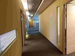 """משרדים   800 ועד ל 4000  מ""""ר להשכרה במשרדים מפואר באזור התעשייה ראש העין, מחיר מעולה"""