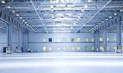 """מבנה תעשייה להשכרה במערב ראשון לציון , בן 1700מ""""ר , מיועד לתעשייה אחסנה מסחר או למוסך , כניסה תוך 3 חודשים מחתימת חוזה"""