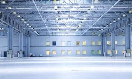 """מרלוג למכירה  באזור התעשייה של עמנואל -  מבנה תעשיה בנוי  3500 מ""""ר"""