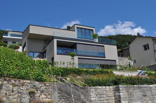 Neubau Dreifamilienhaus
