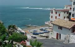 Guéthary litte harbor