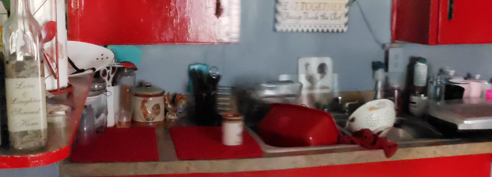 Kitchen5.jpg