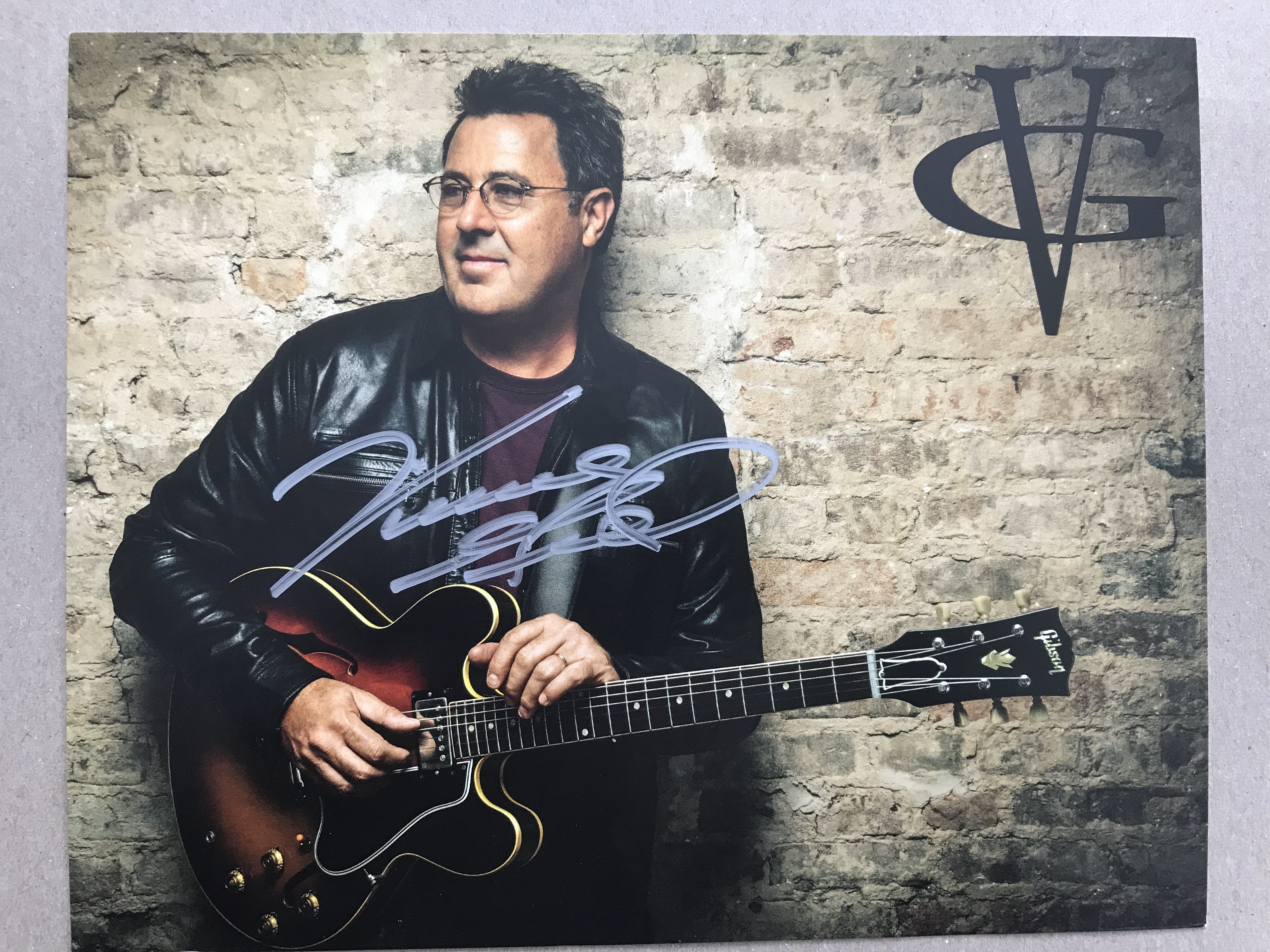 Vince Gill 8x10 Photo