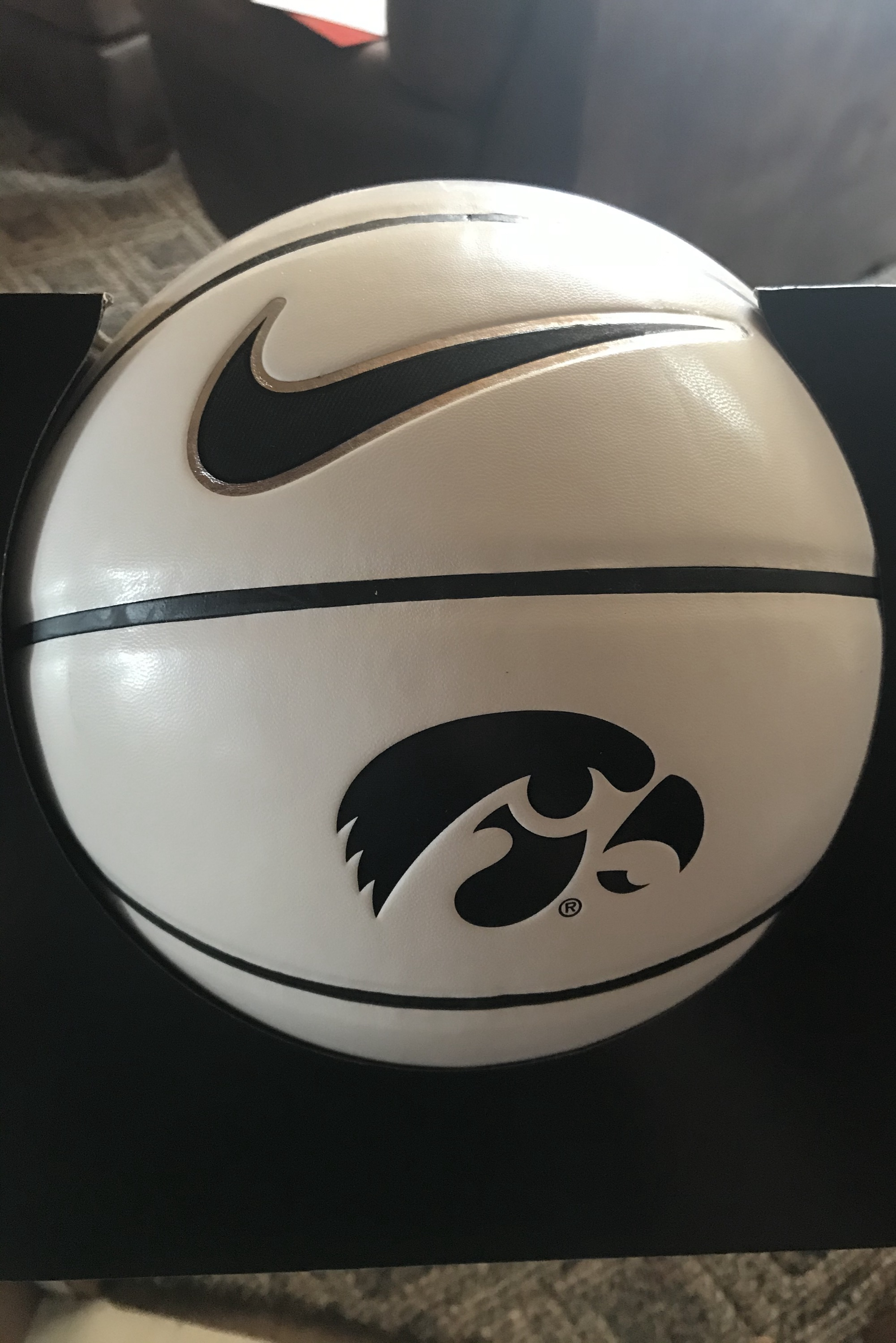 Iowa Men's Basketball, winner will get a personalized autograph from Iowa head coach Fran McCaffery!