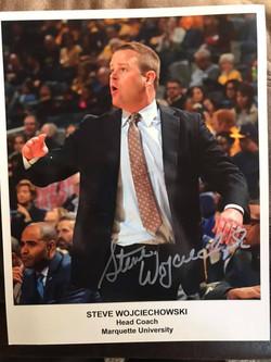 Steve Wojciechowski (Marquette HC) Autographed 8x10