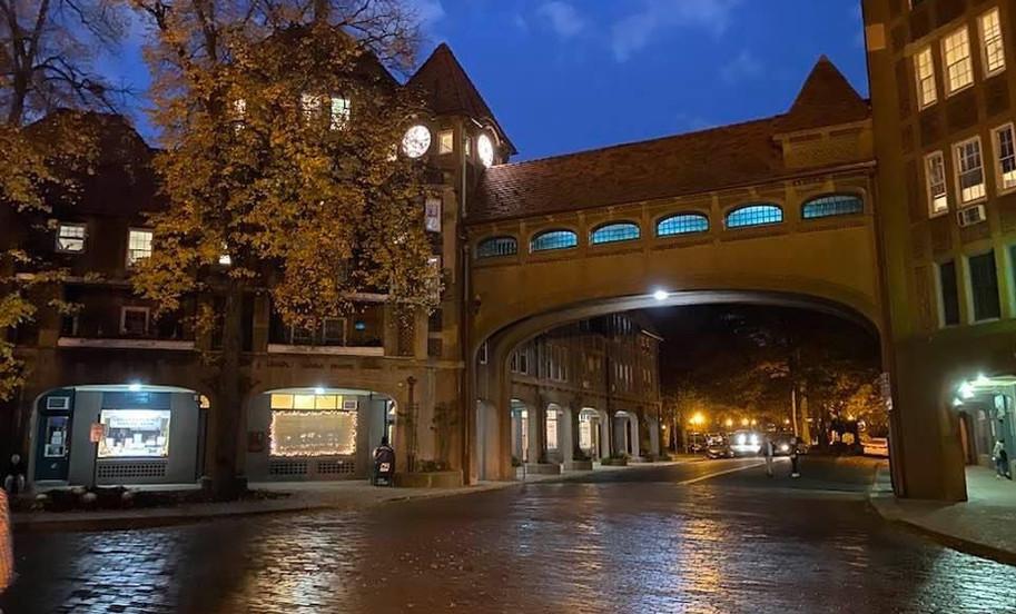 Station Square at night.JPG.jpg