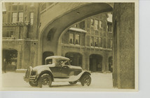 Early auto in Station Square