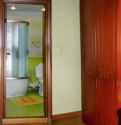 """Ванная комната номер """"Семейный"""""""
